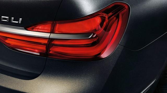 BMW_7-series-sedan_design_1