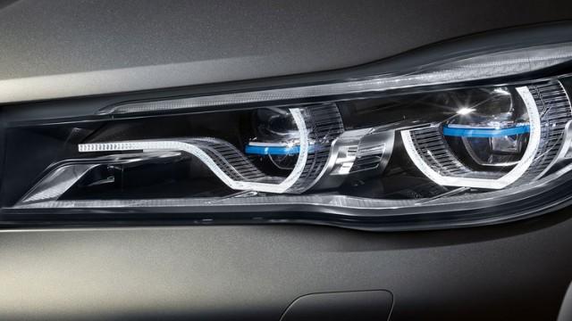 BMW_7-series-sedan_design_3