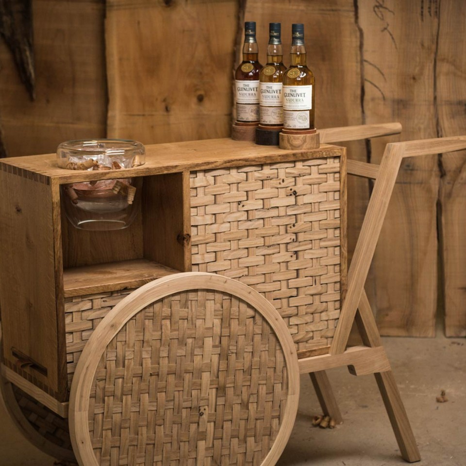 ‪Glenlivet Nàdurra Drinks Trolley‬