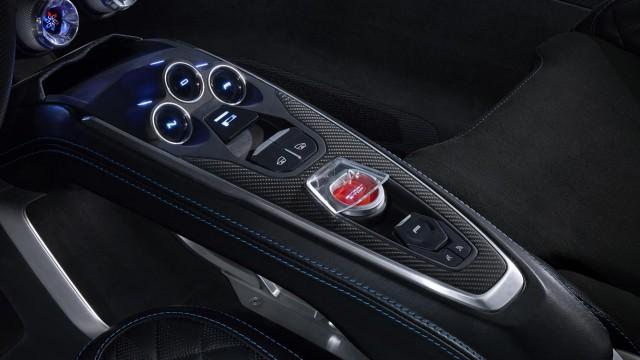 Alpine-Vision-2016-console-centrale-Renault