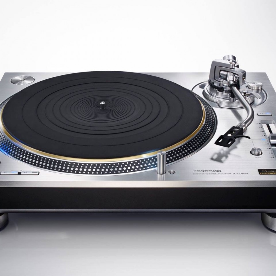 Technics limited edition Grand Class SL-1200GAE
