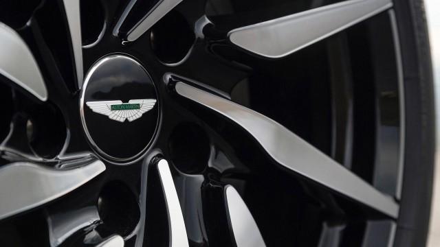 Aston-Martin-DB11-2016_5