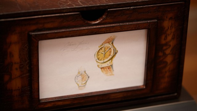 watch-box-classic-fusion-berluti-scritto-closeup